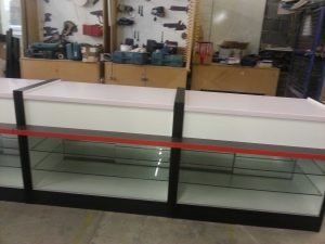 Bespoke-Electronics-and-Gifts-Display-Counter